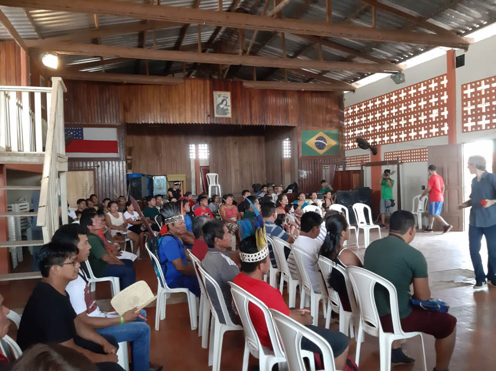 Workshop on the Right to Consultation with the Apurinã people in Tapauá.